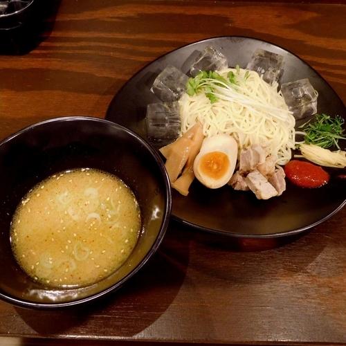 「夏季限定 鶏白湯つけラーメン 梅肉添え(800円)」@麺処GAKUの写真
