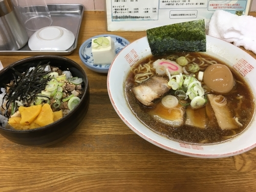 「中華そば(トッピング玉子)+チャーシュー丼セット」@あんどう亭の写真