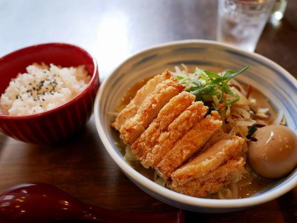 「鶏白湯涼麺+ライス」@C's dining Cloud9の写真