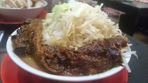 「豚ゴリラー麺」@ラッキー食堂 まとやの写真