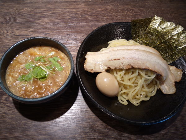 「全部のせ濃厚つけ麺」@中華そば 雀の写真