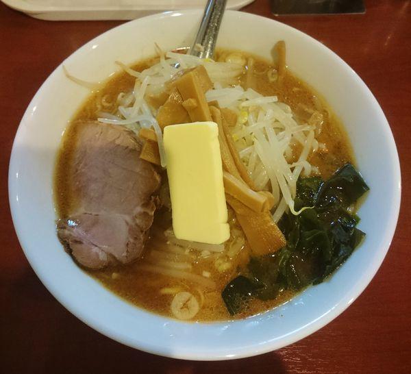 「味噌バターらーめん  900円」@えぞ菊 御徒町店の写真