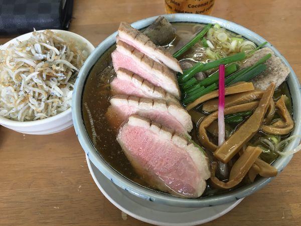 「9月30日、10月1日限定 鴨葱蕎麦+しらす丼」@MENYA 食い味の道有楽の写真