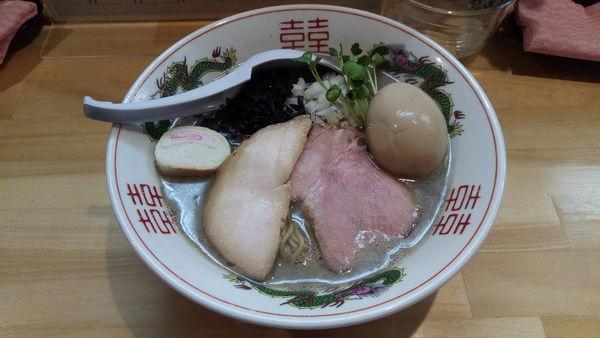 「鶏煮干そば」@麺屋 弥栄の写真