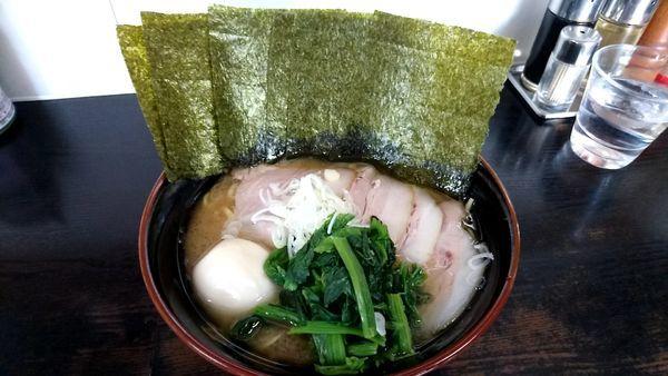 「チャーシュー麺 味玉 海苔」@雷家の写真