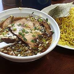 「チャーシューつけ麺1100円+大盛200円」@鎌倉家の写真