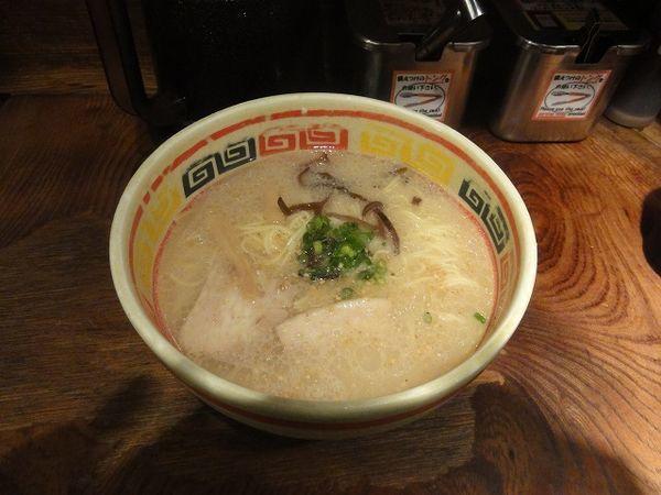 「九州じゃんがら 麺硬め」@九州じゃんがら 秋葉原本店の写真