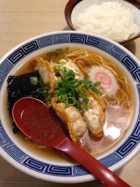 「揚げ餃子ラーメン  ライス」@蒲原館の写真