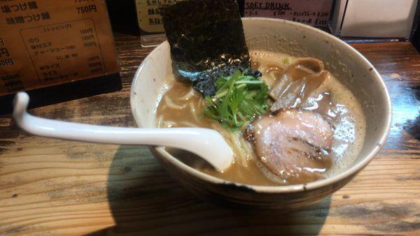 「魚出汁ラーメン 750円」@ポークヌードル内藤の写真