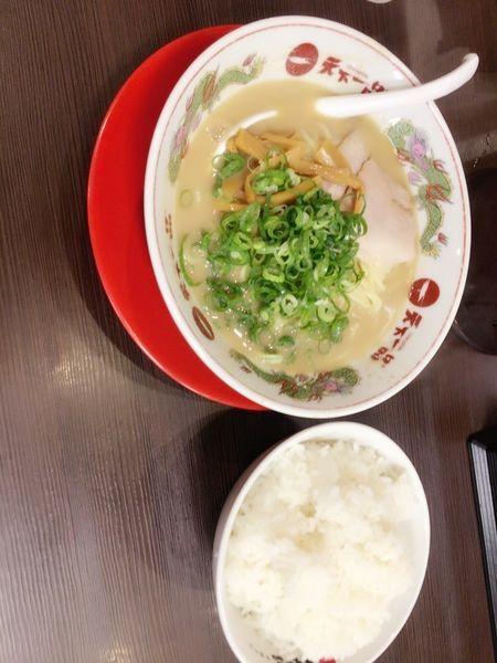 「大盛りラーメン定食」@天下一品 東川口店の写真