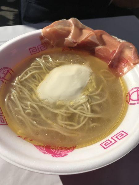 「らぁ麺フロマージュ、生ハム1枚」@ラーメン女子博in名古屋 2017の写真