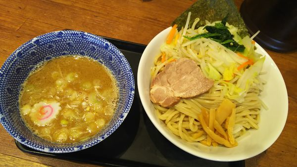 「野菜つけめん」@舎鈴 東京サンケイビル店の写真