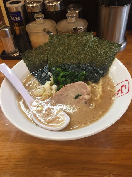 「ラーメン」@じれっ亭 あざみ野店の写真