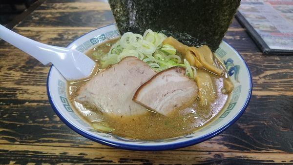 「こく煮干し+海苔・ネギ」@長尾中華そば 西バイパス本店の写真