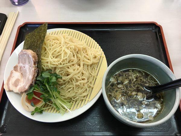 「あっさり 煮干しつけそば 850円」@あぢとみ食堂の写真