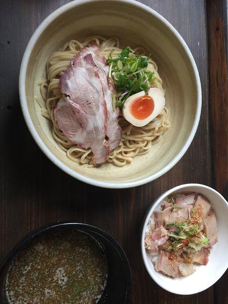 「ひとはな定食(つけ麺並+ローストポーク丼)、にぼしラーメン」@ひとはな亭の写真