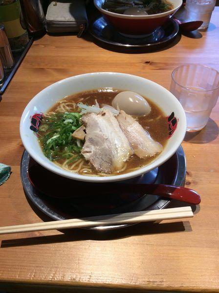 「徳島ラーメン煮玉子入り」@徳島らーめん にし利の写真