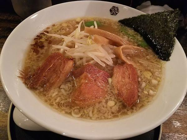 「【限定】角煮入り濁り醤油拉麺 ※クーポンで700円」@ぐぅでんの写真
