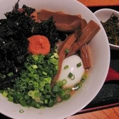 魂拳拉麺 博多 満漢全席の写真