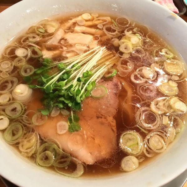 「煮干しラーメン(12・1月限定)900円」@手打ちラーメン 谷家の写真