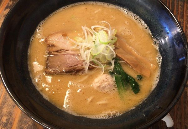 「濃厚旨コク鶏そば」@らーめん 二代目吉田商店の写真