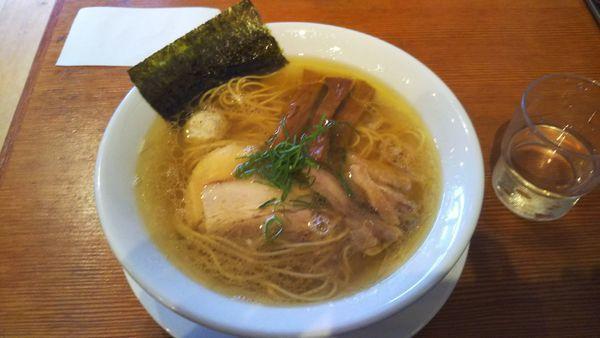 「塩ラーメン」@自家製麺 えなみの写真