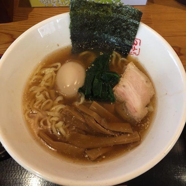 「醤油ラーメン 半麺 680円+味玉100円」@はんぐり〜の写真