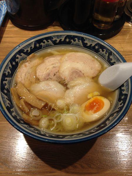 「チャーシューめん 950円」@手打ちらーめん 麺之介の写真