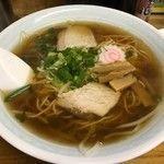 「チャーシューワンタン麺(680円)」@大弘食堂の写真
