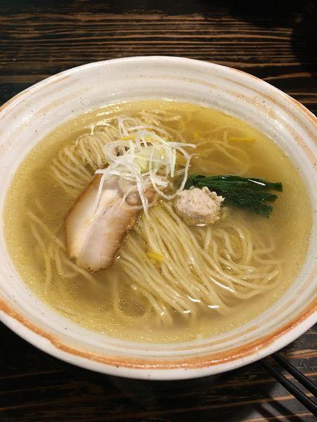 「鶏だし塩ラーメン」@らーめん 二代目吉田商店の写真