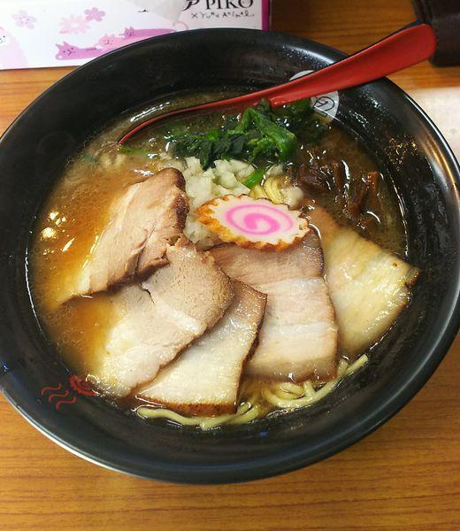 「濃厚黒燻しチャーシュー」@千葉拉麺倶楽部 拉通(ra2)の写真