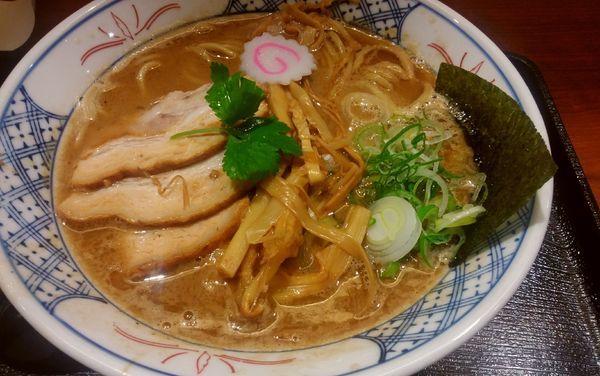 「濃厚ラーメン」@麺や庄の ラゾーナ川崎店の写真