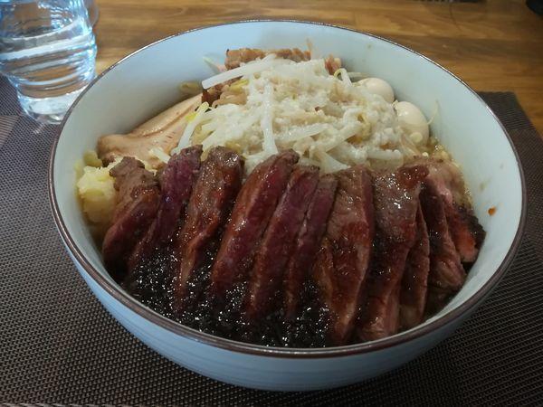 「又次郎(300g)+ステーキ」@麺屋 又兵衛の写真