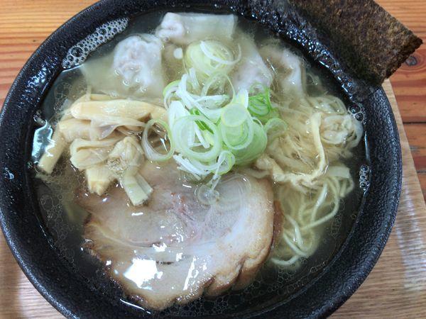 「しおそば並/細麺720円+肉ワンタン100円」@中華そば 北炎の写真