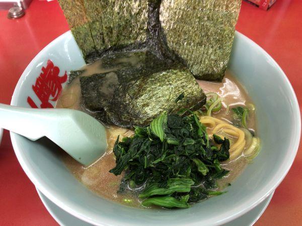 「醤油ラーメン 脂抜き」@ラーメン山岡家 さいたま丸ヶ崎店の写真