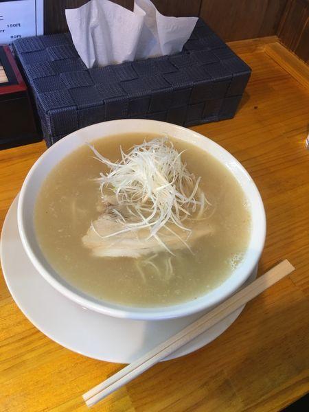 「幻の一番出汁らー麺」@麺や 道の写真