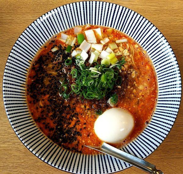 「特製担々麺 味玉 替玉」@麺屋 椿丸の写真