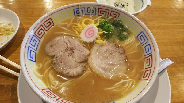 「ランチセット(メンチカツ定食)のラーメン」@中華そば 三浦の写真