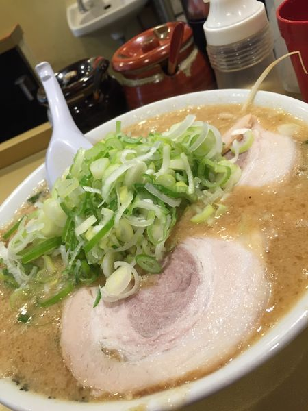「みそらーめん 超極太麺 野菜少なめ」@超ごってり麺 ごっつ 新小岩店の写真