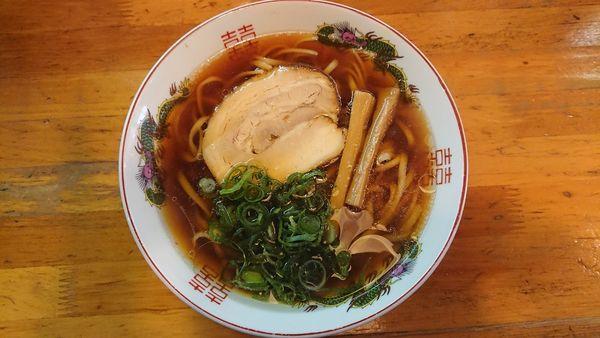 「紅醤油ラーメン 平打ち麺 670円」@金久右衛門 梅田店の写真