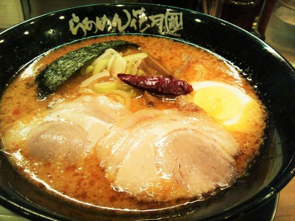 「嵐げんこつバク辛らぁめん・醤油」@らあめん花月嵐 江戸川橋店の写真