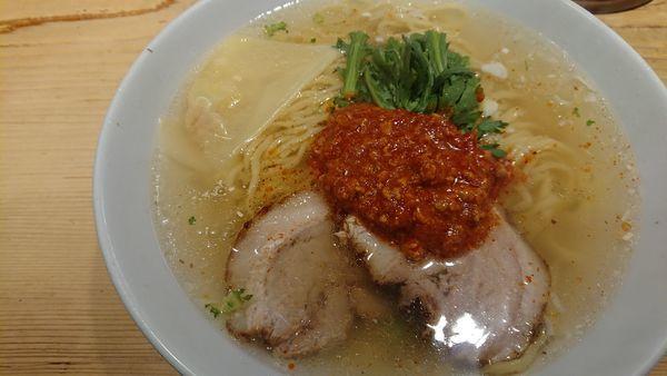「赤丸塩ラー麺(950円)+大盛(150円)」@横濱元町 本丸亭 横浜店の写真