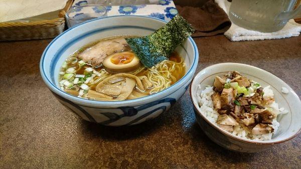 「ラーメン + チャーシュー丼セット @850円」@ぼにしもの写真