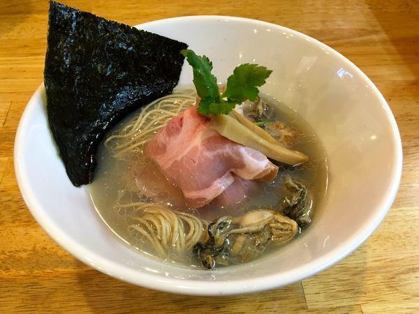 「牡蠣そば」@寿製麺よしかわ 坂戸店の写真