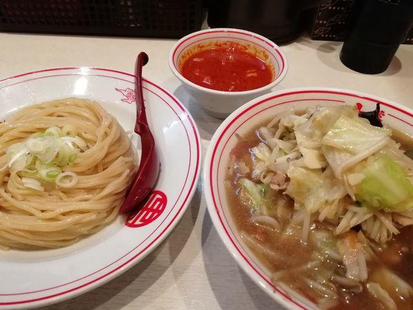 「冷やし正油 野菜大盛(+冷やし味噌スープ)」@蒙古タンメン 中本 高田馬場店の写真
