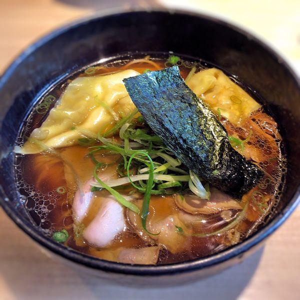 「醤油雲呑」@姫路麺哲の写真