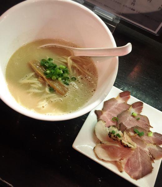 「濃厚 鶏SOBA塩(並.肉増し)」@麺屋號tetuの写真