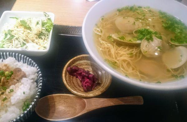 「はまぐりラーメン定食」@伊勢桑名 はまぐり屋 貝縁の写真