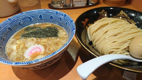 「味玉朝つけ麺」@六厘舎の写真