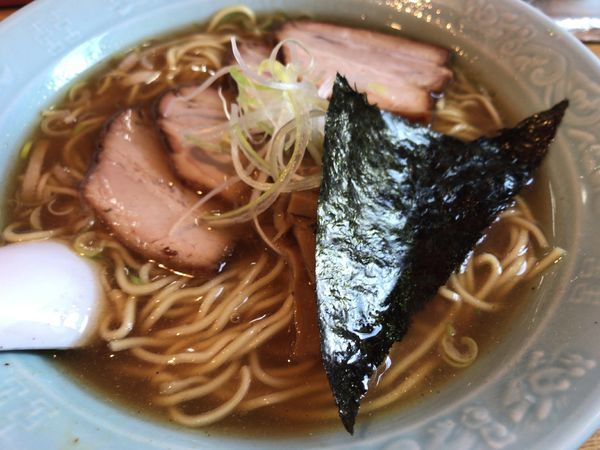 「チャーシュー麺(魚介系)900円」@おかめの写真